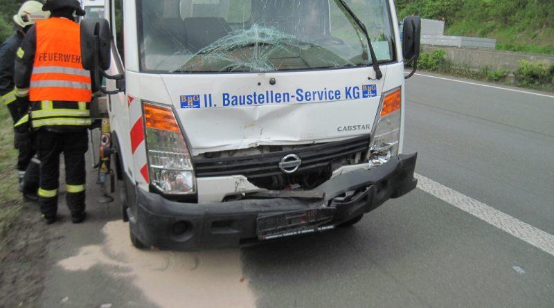24.05.2017: Eine verletzte Person nach Verkehrsunfall