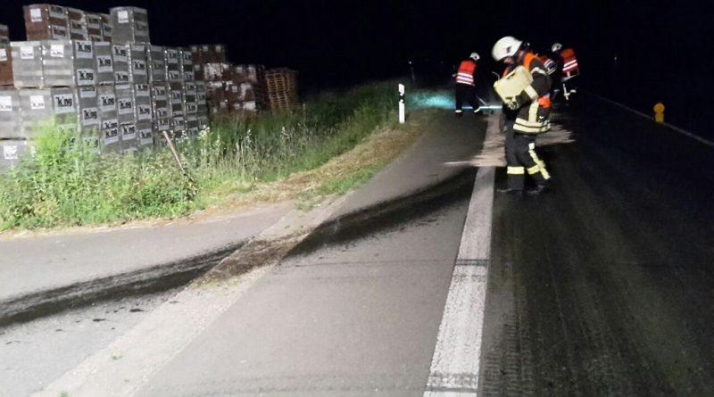 31.05.2017: Defekt am Traktor verursacht Ölspur