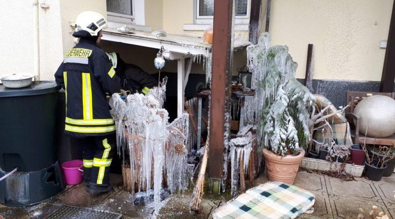 03.03.2018: Wasserrohrbruch  beschäftigt Feuerwehr
