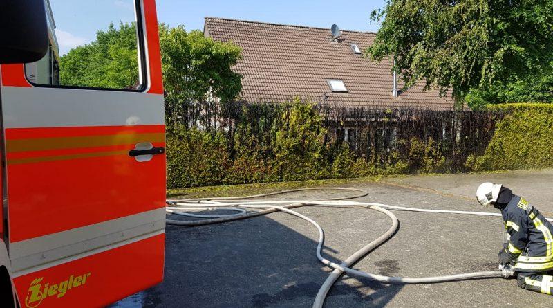 19.05.2018 – Brennende Hecke