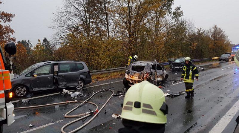 12.11.2018: Schwerer Verkehrsunfall mit 7 verletzten Personen