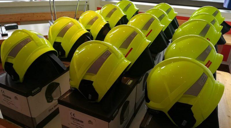 04.02.2019: neue Helme – die Stadt investiert in die Sicherheit der Feuerwehrkameraden/-kameradinnen