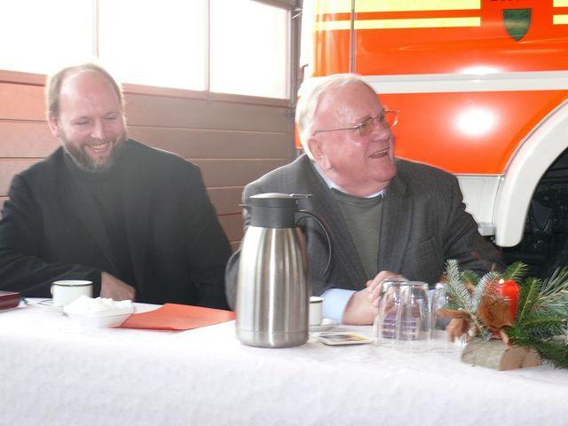 """...(kurze Pause und überraschte Blicke bes. von Pfr Diepenbrock) – der Bischof Nikolaus!"""" SBI Nolte bei der Begrüßung des Klerus und dem Hinweis auf die Nikolausfeier der Wehr"""