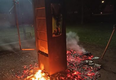 18.03.2021: Öffentliches Bücherregal ausgebrannt