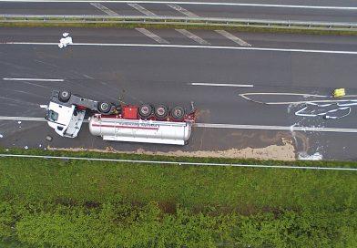 14.05.2021: Unfall mit Gefahrgut LKW auf der A31